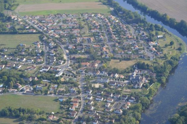 bourg-centre-2-1200x675BA84D826-BAB7-F661-3EDA-1C663CF3209A.jpg